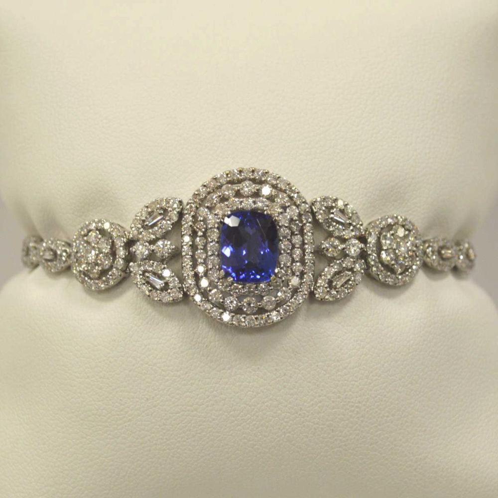 18kt white gold tanzanite and diamond bracelet