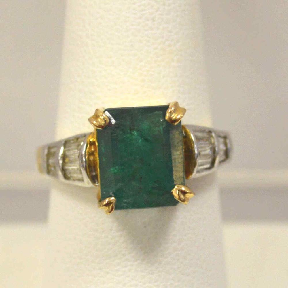 14kt yellow gold emerald diamond diamond ring