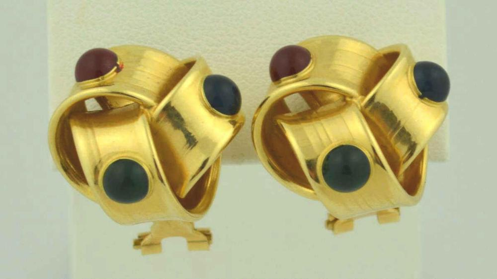 18kt yellow gold knot earrings