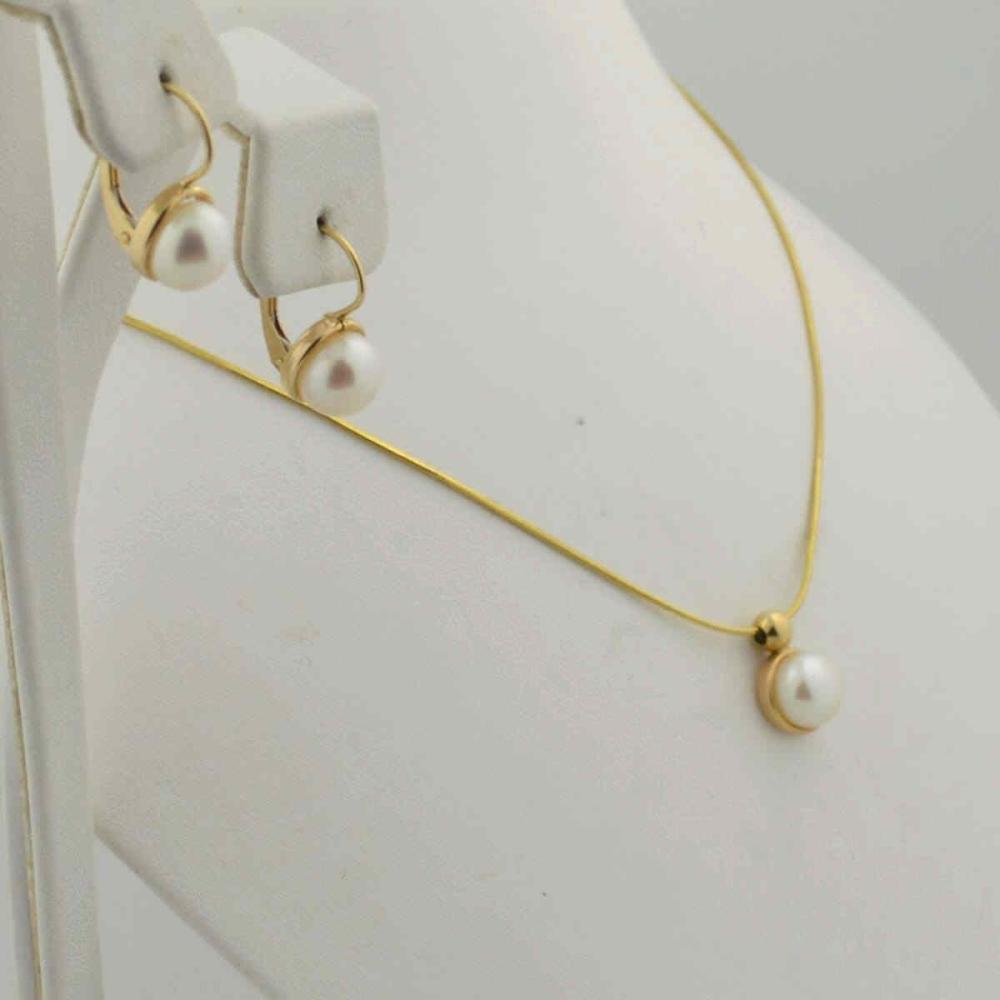14kt yellow pearl earrings and necklace set
