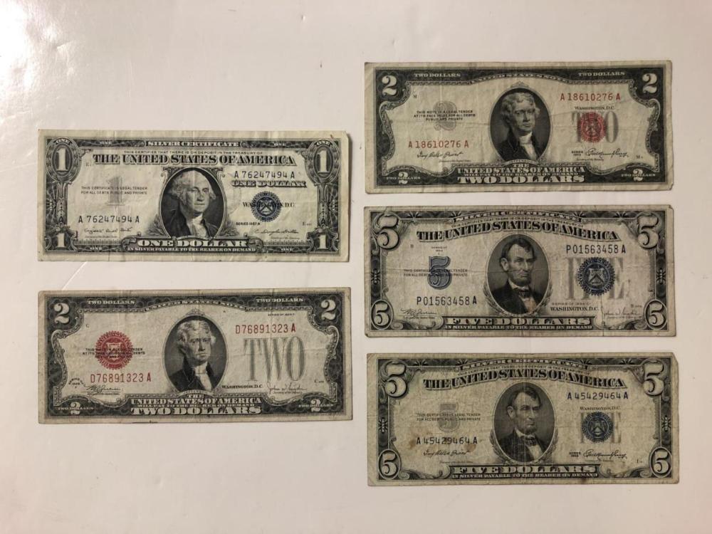 Lot of 5 Different $1 $2 $5 Vintage Older Notes