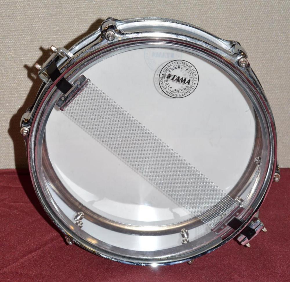 Tama Six Lug Snare Drum in Roller Backpack Case