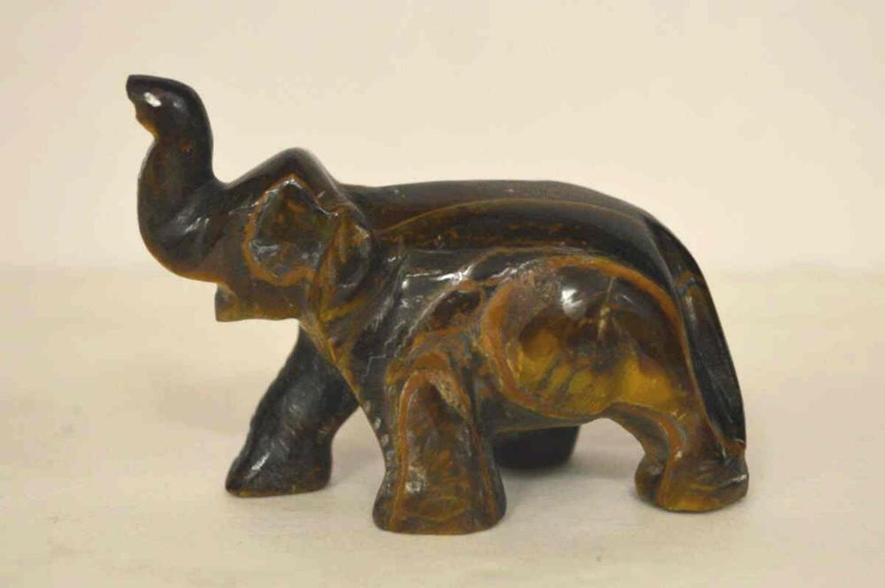 547ct carved tiger's eye elephant