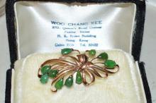 Vintage 14kyg Green Jade Brooch