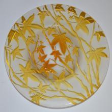 Decorative art glass centerpiece bowl