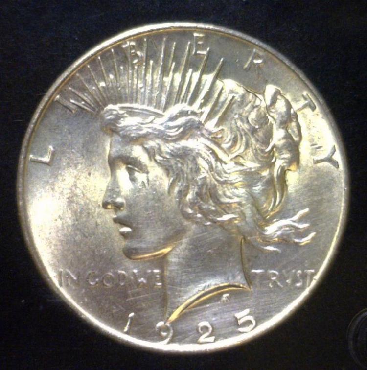 1925 Peace Silver Dollar Uncirculated UNC