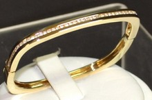 14kyg Diamond Bangle