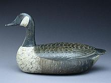 Very rare Canada goose, Charles Perdew, Henry, Illinois, 1st half 20th century.