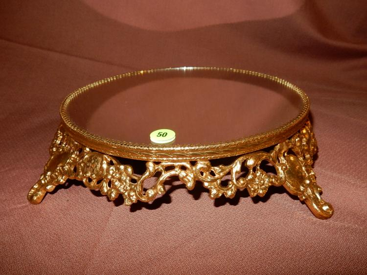 Nice vintage gold plated vanity mirrored plateau, labeled Stylebuilt New York, 24KT goldplated, cond VG