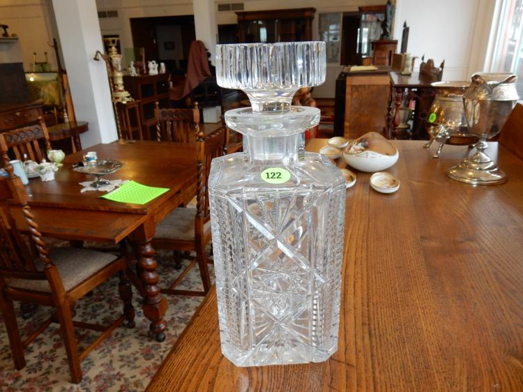 Vintage crystal decanter, nice pattern, cond VG