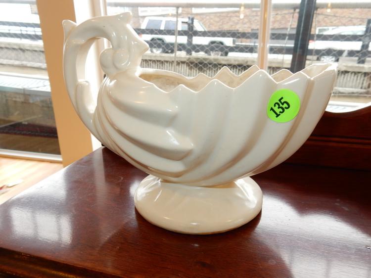 Vintage McCoy pottery planter, cond VG