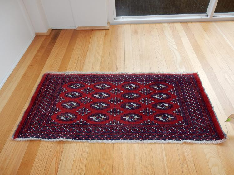 3) Vintage hand tied 100% wool small rug