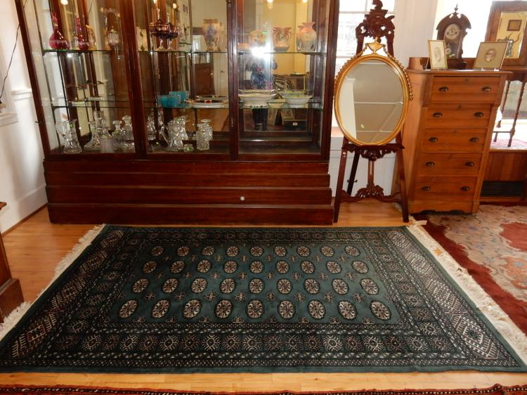 16) Lovely hand tied 100% wool, Persian rug, Arts & Crafts style, COND VG-used condition