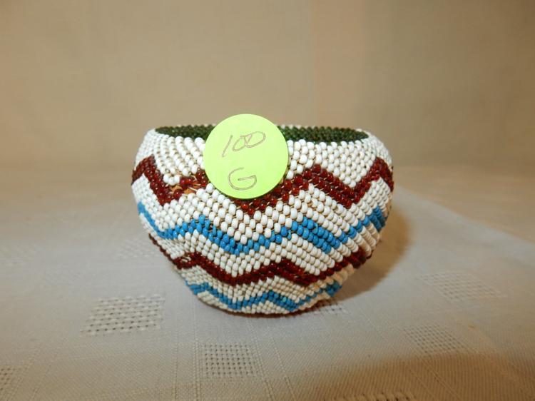 Handmade Beaded Basket : Small native american handmade and beaded washoe paiute ba