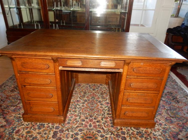 Nice Antique American Oak Double Bank Desk Cannot Ship