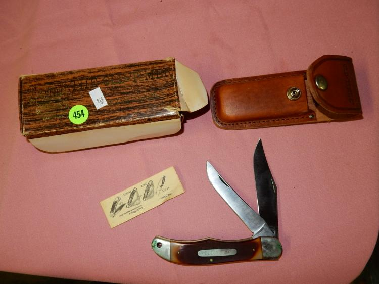 Vintage Old Timer Schrade pocket knife in holder and box