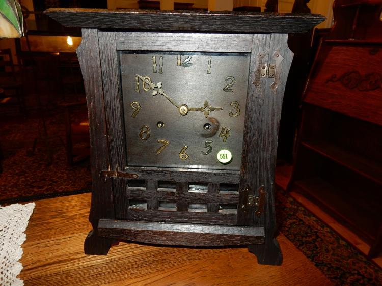Antique Arts & Crafts mantle clock, key wind, labeled The New Haven Clock Co, 8 Day Los Santos Mante