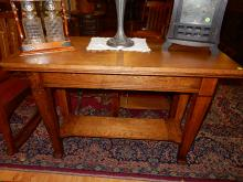 Beautiful antique American oak Arts & Crafts foyer . Sofa table, professionally refinished, special