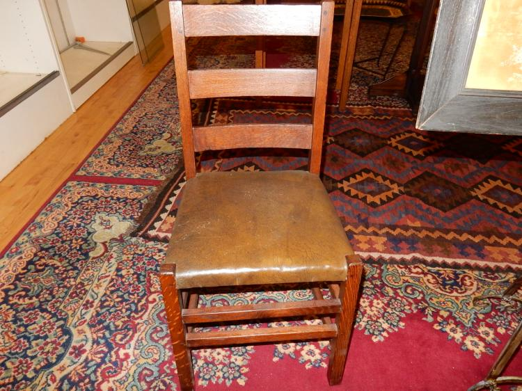 Nice antique American oak Arts & Crafts, Mission side chair with Limbert branded stamp on inside se