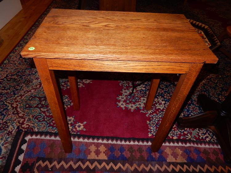 Nice antique American oak Arts & Crafts, Mission side table, special shipping required