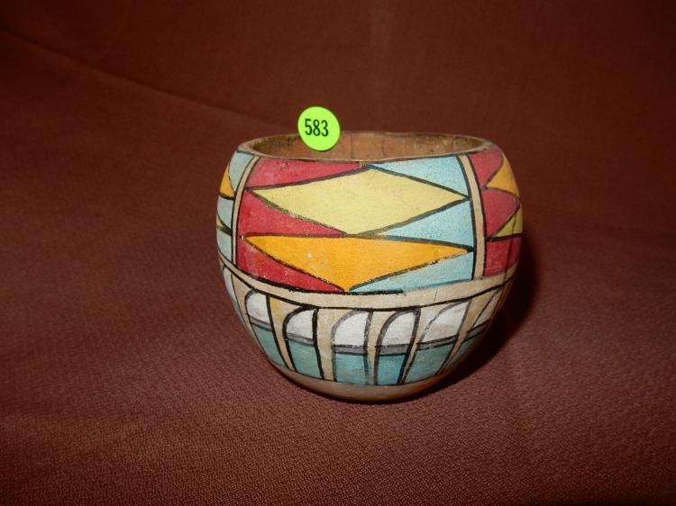 Original hand painted Native American vessel / bowl, cond G0-VG minor paint loss from use