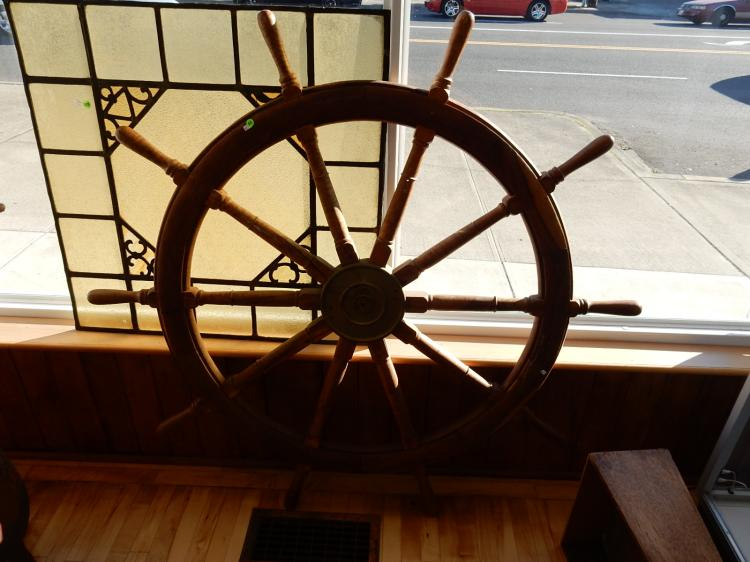 Massive 5' (five foot) ship's wheel with brass center, 20th century . Special shipping required