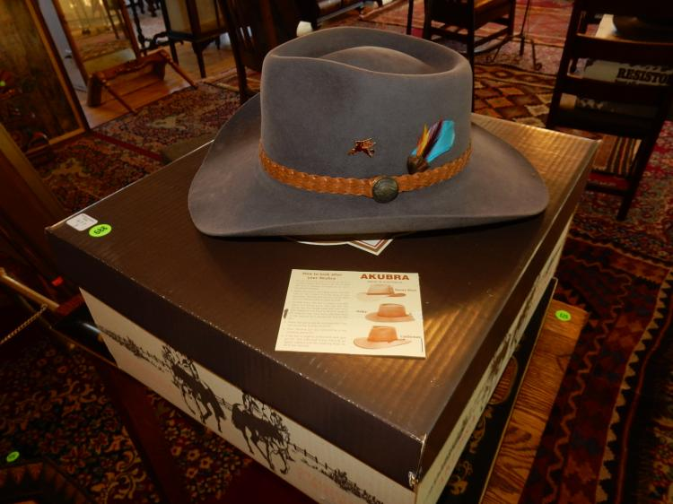 New / like new Australian leather hat in box