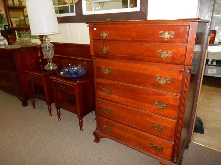 Lovely 6 piece vintage cherry wood bedroom set with his h for Bedroom furniture 98409