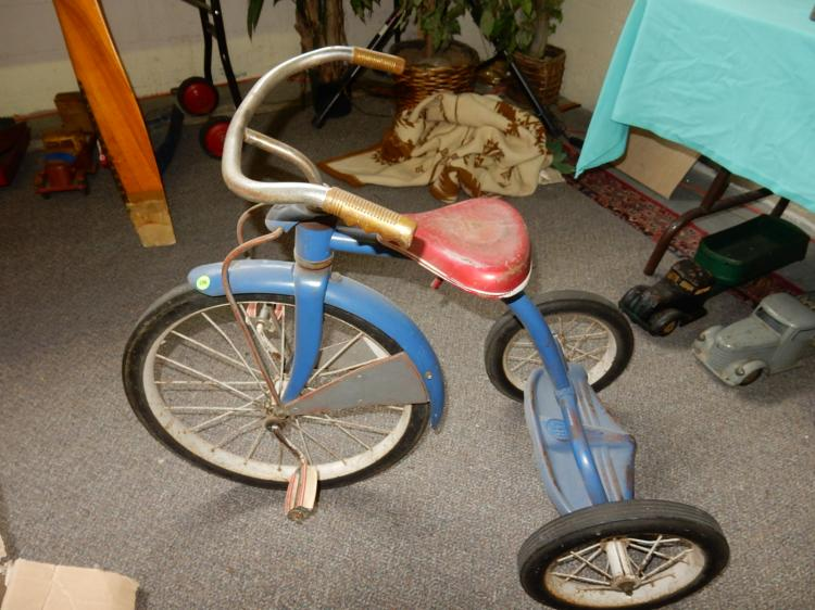Antique Airplane Tricycle : Vintage murray blue tricycle with original paint cannot shi