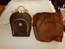 Near mint / unused? ladies quality designer handbag with dust cover pouch by La Tour Eiffel