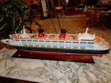 Nice handmade & painted cruise ship