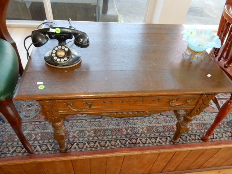 Antique Eastlake Spoon Carved Coffee Table With Drawer Cann