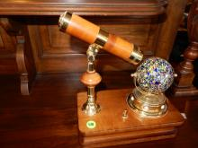 Nice wind up music box with rotating ball kaleidoscope