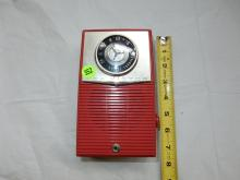 Nice vintage deco transistor portable radio, from private collection, Rca Victor, free standing style