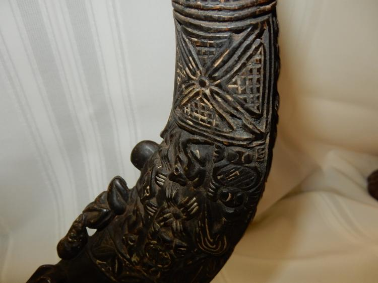Very unique antique vintage african carved horn wildebees