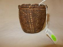 Rare Antique Native American childs Quinault berry basket (19th cent)