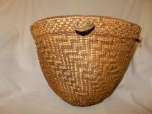 Amazing Antique Native American hand woven large Quinault gathering basket (19th cent)
