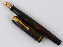 A Parker Moderne button filler fountain pen, in