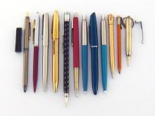 An Art Deco EVERSHARP rolled gold retractable pencil, with spare leads, together with a mixed group of ballpoint pens