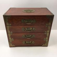 CHINESE STYLE JEWELRY BOX