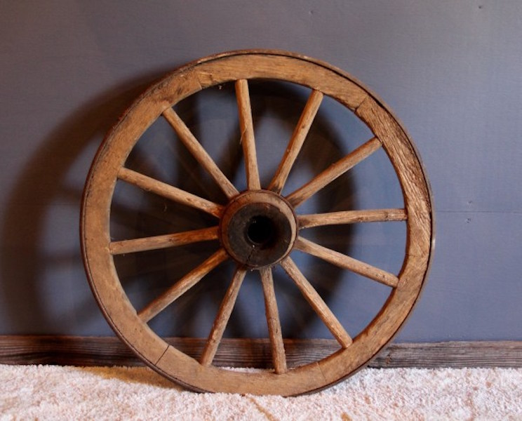 297. Large Vintage Wagon Wheel