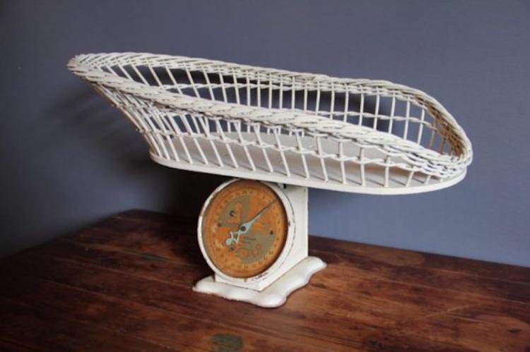 254. Vintage Wicker Baby Scale