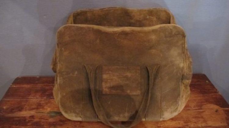 228. Stone Mason Bag