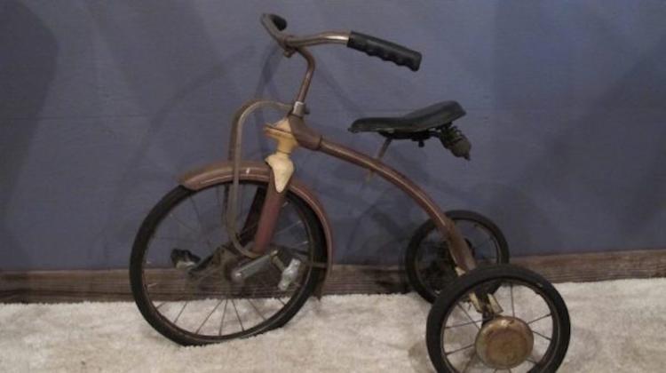 224. Rare 1920's