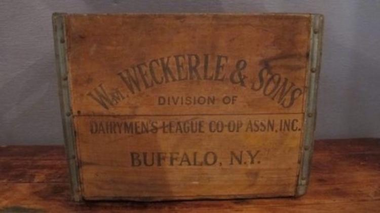173. Early Weckerle Dairy Crate