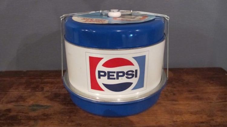 85. Vintage Pepsi Food Carrier