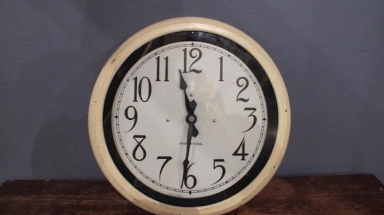 24. Circa 1919 IBM FactorySchool Clock