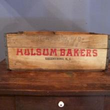 29. Holsum Bakers of Greensboro Crate