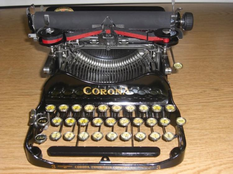 159. WW I Era Corona 3-Row Typewriter