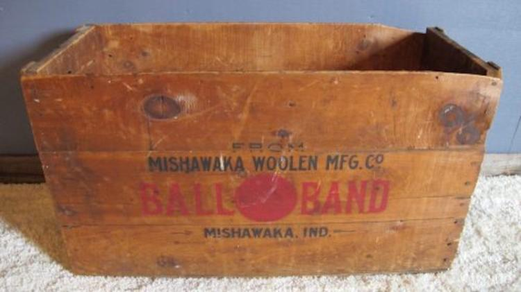 107. Mishawaka Woolen Ball-Band Crate